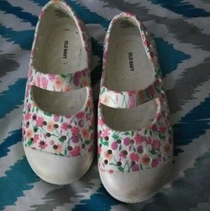 Old navy toddler girl slip on
